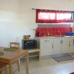 סלון ומטבח בצימר - Living room and kitchen of the zimmer