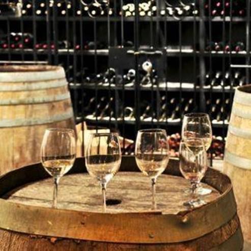 כוסות יין - Glasses of wine