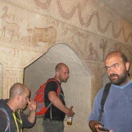 המסיירים במהלך הסיור - Touring during tour