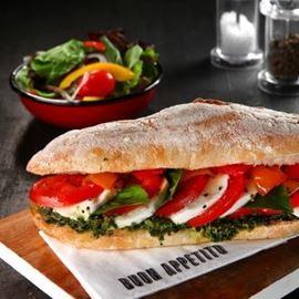 כריך מוצרלה - Mozzarella Sandwich