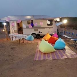 קראוון  - Caravan