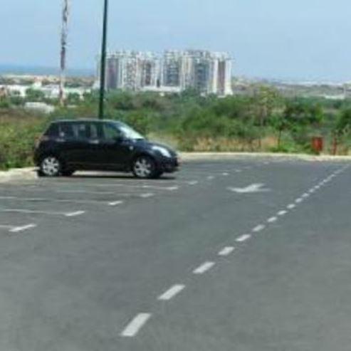 חניון ברזני - Barazani Parking lot