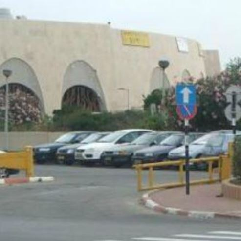 חניון רידינג מזרח 1  - Reeding West 1 Parking lot