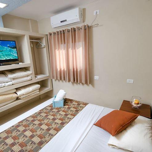חדר - Room