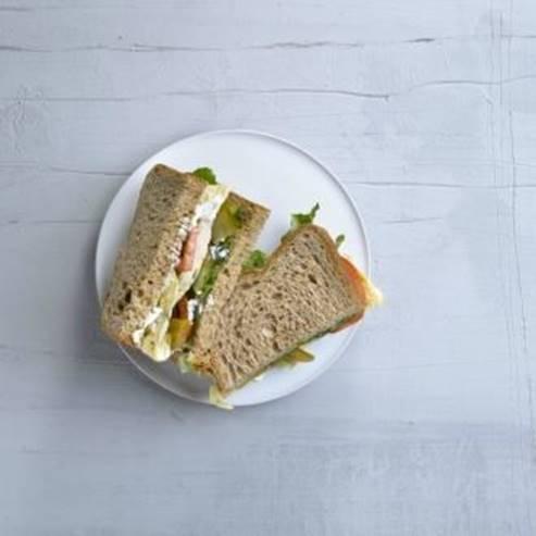 כריך חביתה - Omelet Sandwich