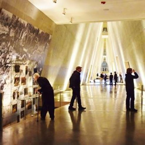 בתוך המוזיאון