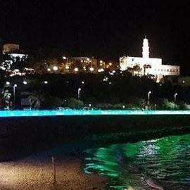 טיילת חומות הים ביפו בשעות הלילה - Jaffa Sea Wall promenade at night