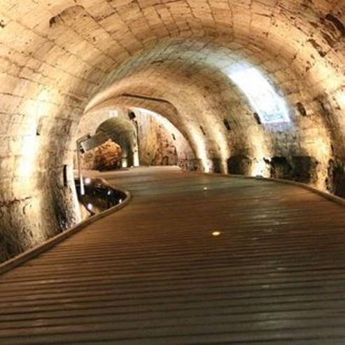 מנהרת הטמפלרים בעכו - Templer Tunnel in Acre