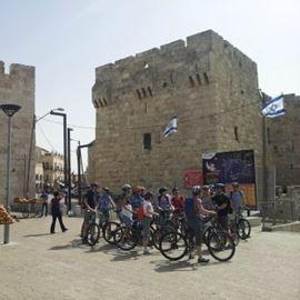 רוכבים במהלך הסיור - Ride during the tour