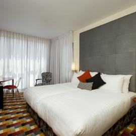 """חדר במלון  הרמוני י""""ם - Hotel Room Harmony Jerusalem"""