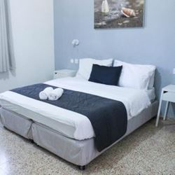 מיטה - bedroom