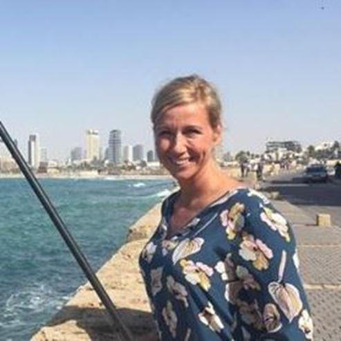 Изображение Andrea Kiewel dreht am Toten Meer und in Tel Aviv