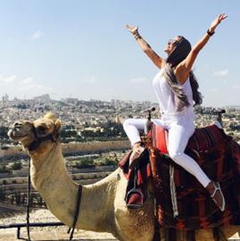 Foto de Ninel Conde presume su visita a Israel en Instagram