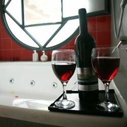 כוסות יין - Wine glasses