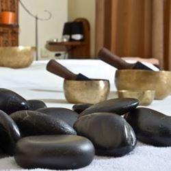 אבנים חמות  - Hot Stones