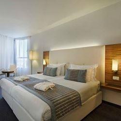 חדר השינה במלון - The bedroom in the hotel