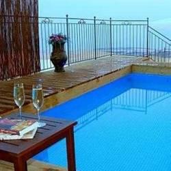 pool-בריכה