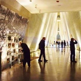 בתוך המוזיאון - Inside the Museum