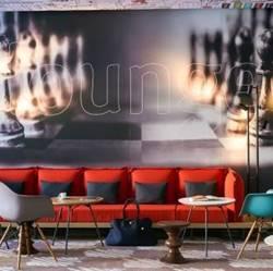 Ibis Hotel – מלון איביס
