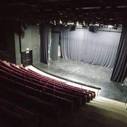 אולם תחתון- במה - Lower hall - stage