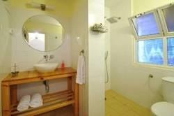 Bathroom - חדר רחצה