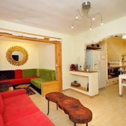 Inside the villa - פנים הוילה