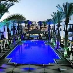 pool at the sunset - בריכה בשקיעה