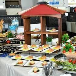 Dinner at the hotel - ארוחת בוקר במלון