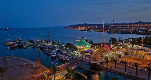 A panoramic view of the Eilat and the Marina, by night.