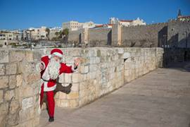 Santa Claus in Jerusalem 3
