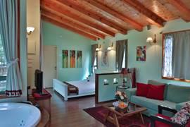 Zimmer In Galilee Inside View