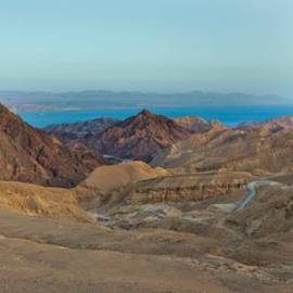 הרי אילת, תצפיות אל ארבע מדינות - The Eilat Mountains, observation points of four countries