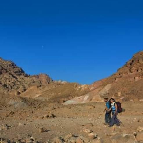 מהר יואש ברכב וברגל אל הים - By car from Mt. Yoash and by foot to the sea