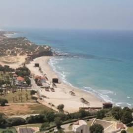 Givat Olga beach - חוף גבעת אולגה