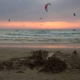 Hasharon Beach - חוף השרון
