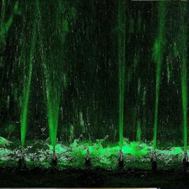 Musical Fountain Water Fun - שעשועי מים במזרקה המוסיקלית