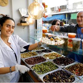 The Levinsky Market Tasting Tour - סיור טעימות בשוק לווינסקי