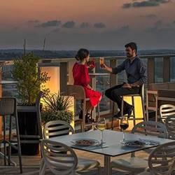 Rooftop Sky Bar Prima Millennium - בר על גג מלון פרימה מילניום