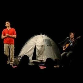 Comedy Show With A Tent - הצגה קומית עם אוהל