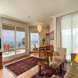מלון אריאה: סוויטה עם נוף לים  - Hotel Aria: A Suite With Sea View
