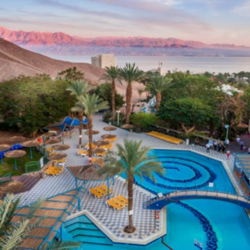 בריכת מלון קלאב אין - Hotel Pool Club Inn