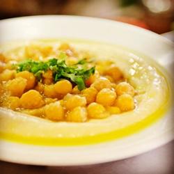 חומוס עם גרגירים - Hummus With Grains