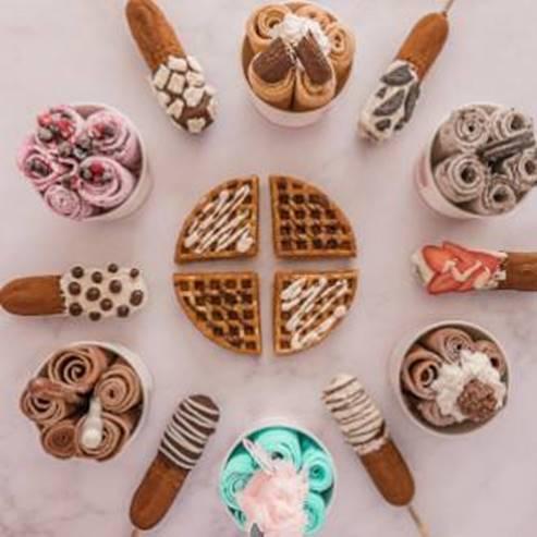 מגוון קינוחים בטעמים - Various flavoured deserts