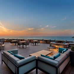 אזור ישיבה בגג המלון - Hotel Roof Sitting Area