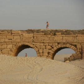 חוף אקוודוקט - קיסריה - Aquaduct Beach - Caesarea