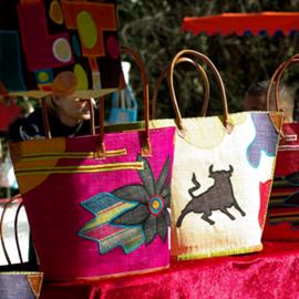 תיקים מעוצבים - Stylized Bags