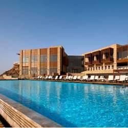 תמונה של בריכת מלון בראשית - Photo of Bereshit hotel swimming pool