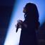 זמרת על הבמה - A Woman Singer On Stage