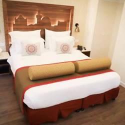 חדר שינה מלון שלוש הקשתות - Bedroom Three Arches Hotel