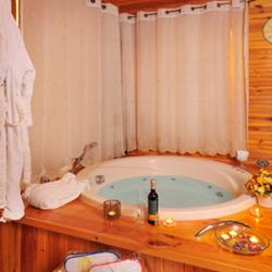 ג'קוזי בראש פינת נוי - Hot tub in Rosh Pinat Noy